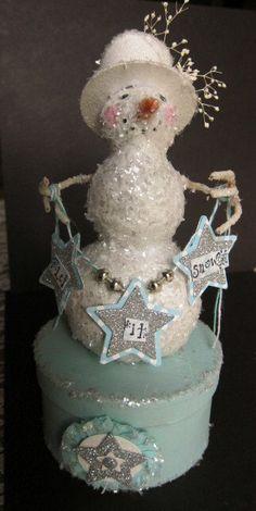 Holiday Aqua and Creme Snowman Box. $35.00, via Etsy.