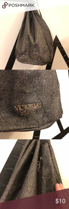 ✨Sparkly Victoria Secret Drawstring Bag✨ Sparkly VS drawstring bag! Color is hard to describe, it's not really gold or silver but in between. A great sparkly bag that does not shed glitter. Can hold quite a bit. Victoria's Secret Bags Backpacks