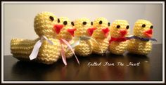 Knitted Easter Chick - The Supermums Craft Fair