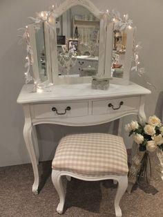 White 3 Mirror Dressing Table