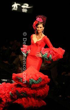 Traje flamenca rojo azul