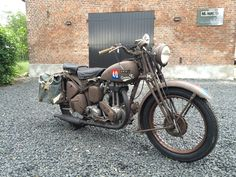 Finally finished... Motorcycle Engine, Ariel, Ww2, Motorbikes, Motorcycles, British, Europe, Classic, Vintage