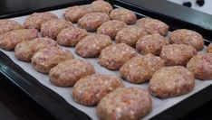 The wisdom of baking cutlets in the oven - Котлеты в духовке - Meat Recipes Meat Recipes, Cooking Recipes, Healthy Recipes, Meat Cake, Russian Pastries, Dinner With Ground Beef, Ukrainian Recipes, Good Food, Yummy Food