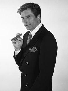 Dirk Benedict Templeton 'Faceman' Peck played the original smooth-talking con-man.