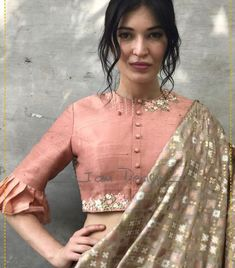 New Blouse Designs 2020 – Trendy Blouse Design Images For 2020 New year brings us new fashion trends & styles to anticipate, including new blouse designs! Here are the latest blouse designs for 2020 you should check out! Indian Blouse Designs, Kurta Designs, Saree Blouse Neck Designs, Stylish Blouse Design, Fancy Blouse Designs, Saree Blouse Patterns, Latest Blouse Designs, Sari Bluse, Designer Blouse Patterns