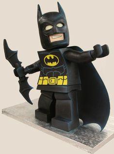 This Lego Batman would be impressive if it was just made of cake. It looks exactly like Lego Batman. it's three feet tall! Batman Em Lego, Lego Batman Cakes, Superhero Cake, Minion Cakes, Batman Birthday, Batman Party, Lego Birthday, Birthday Cakes, 10th Birthday