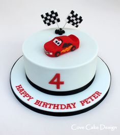 At Cove Cake Design we specialise in bespoke wedding cakes and celebration cakes that are tailor-made for each of our discerning clients. Lightening Mcqueen Birthday Cake, Lightning Mcqueen Cake, Fondant Cakes, Cupcake Cakes, Car Cakes, Fondant Bow, Fondant Tutorial, Fondant Flowers, Fondant Figures