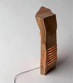 Minimalistische Holzskulptur Hampel h lzerne Skulptur auf