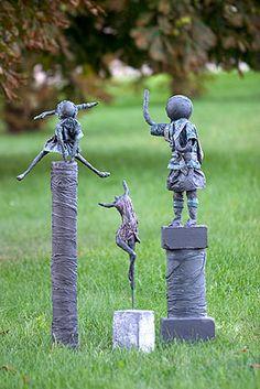 Sculptures made with Powertex by Rita Schuerweghs - photo by stijnvolders, via De Effenaar          http://www.effenaar.be/artikelen.asp