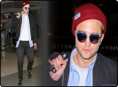 Robert Pattinson Desembarca No Aeroporto De Los An... Nesta segunda-feira, 09 de junho, Robert Pattinson foi fotografado quando chegava no aeroporto Lax. O ator britânico depois de vários dias participando da divulgação do seu filme 'The Rover' no Festival de Cinema de Sydney na Austrália está de volta a cidade de Los Angeles. Confiram as imagens e vídeo de sua chegando.