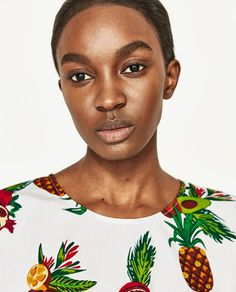 Image 2 of PRINTED POPLIN TOP from Zara