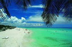 Quick Travel Guide for Varadero Beach, Cuba. Most Beautiful Beaches, Beautiful Places To Visit, Wonderful Places, Amazing Places, Cuba Beaches, Key West Beaches, Varadero Kuba, Travel Around The World, Around The Worlds
