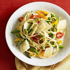 On Top of Spaghetti: Healthy Pasta Primavera (via Parents.com) Would use whole wheat pasta instead but Yummy!