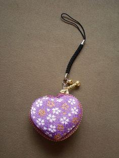 ちりめんハートマカロンケース*淡紫桜 | iichi(いいち)| ハンドメイド・クラフト・手仕事品の販売・購入