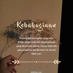 """Instagram Hijrah Cinta di Instagram """"Bismillah... Walau kehilanganmu pun akan kujadikan kebahagiaan karna mungkin disana akan ku dapatkan seseorang yang lebih darimu dan…"""" Islamic Love Quotes, Muslim Quotes, Quotations, Qoutes, Life Quotes, Korean Words, Self Reminder, Good Night Quotes, Islamic Pictures"""