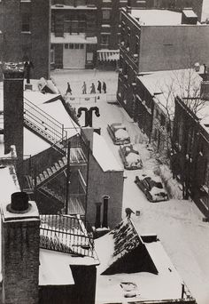 McDougal Alley, Washington Square by André Kertész on artnet New York Architecture, Architecture Images, Andre Kertesz, Types Of Photography, Street Photography, White Photography, Budapest, New York City, Berenice Abbott