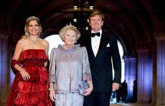 Máxima, Beatrix und Willem-Alexander (Quelle: dpa)
