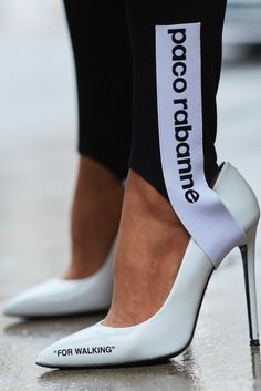 Best Outfit Ideas for Women Over 40 - Fashion Trends Timberland Heels, Timberland Outfits, Dope Style, Swag Style, Looks Style, Athleisure Trend, Athleisure Outfits, Athleisure Fashion, Sport Fashion