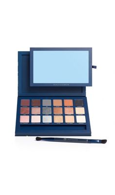 Beautiful safe beautycointer makeup. A palette for the holidays.  www.beautycounter.com/alexandralabelle