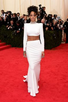 Pin for Later: Who Wore What: See Every Look on the Met Gala Red Carpet Rihanna at the 2014 Met Gala A Jacob & Co. choker added extra eye appeal to Rihanna's white separates.