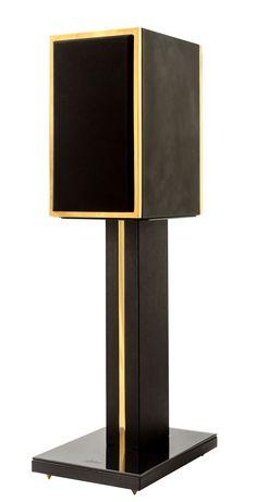 Meet BLG, timeless handcrafted loudspeaker by Morson. #morson #speaker #hifi #highend #audiophile #luxury #24k #gold #handcrafted #craftmanship #interior #unique
