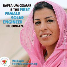 Rafea Um Gomar is the first female solar engineer in Jordan Great Women, Amazing Women, Beautiful Women, Amazing People, Half The Sky, Solar Installation, Who Runs The World, Sustainable Energy, Strong Women