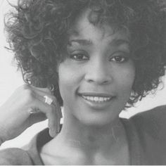 Whitney Houston, She Was Beautiful, Young And Beautiful, Amazing Amy, Love U Forever, Hip Hop And R&b, Bw Photography, Bobby Brown, Celebs