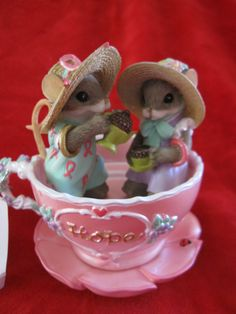 """New Charming Tails """" HOPE """" Girlfriend Mice in Pink Tea Cup"""