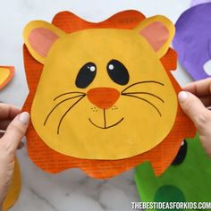Diy fall crafts 560346378638315568 - NEWSPAPER ANIMALS 🦁🐸🦛🦒 – such a fun way to make an easy animal craft for kids! Source by bestideaskids Animal Activities For Kids, Animal Art Projects, Animal Crafts For Kids, Toddler Crafts, Animal Masks For Kids, Paper Animals, Zoo Animals, Animals For Kids, Easy Animals