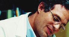 Mark Ruffalo GIF Hunt Hola everyone! Today I'm going to be sharing with you about 89 GIFS of Mark Ruffalo. Marvel Man, Marvel Avengers Assemble, Man Thing Marvel, Marvel Actors, Marvel Characters, Mark Ruffalo, Stan Lee, Wattpad, Bruce Banner Hulk