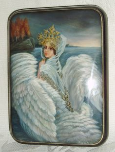 "Russian Lacquer Box Fedoskino "" Swan Princess "" Miniature Hand Painted 