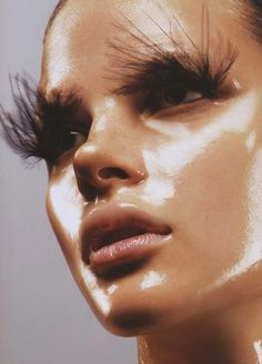 (make up idea) Future Flash - Photographed by Michael Thompson for Vogue Nippon May 2007 Glossy Makeup, Eye Makeup, Hair Makeup, Beauty Make-up, Hair Beauty, Makeup Inspo, Makeup Inspiration, Makeup Trends, Michael Thompson