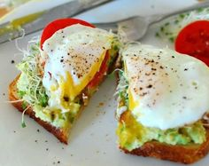 Avocado Toast with Fried Egg | Make Your Mornings Extra Special With These 12 Delicious and Healthy Breakfast Recipes You Simply Can't Resist | http://homemaderecipes.com/healthy-breakfast-recipes/