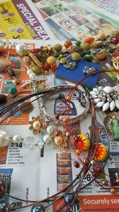estate auction lot of vintage costume jewelry beautiful collection
