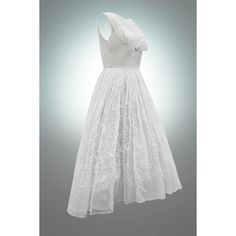 Vintage Fifties Broderie 1950s Wedding Dress - Just need to add a touch of green :)