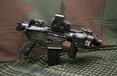 M4 SUB GUN