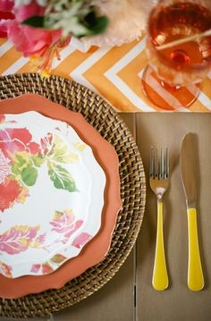 Summer Place Setting | Entertaining with Confetti Pop | photos by Melissa Oholendt for Camille Styles