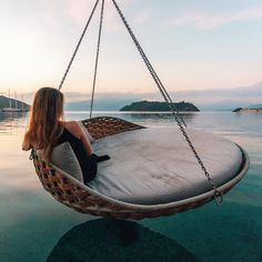www.wanderfullyrylie.com ✧ Pinterest: wanderfullyrylie ; Instagram: wanderfullyrylie Elegant Outfit, Luxury Life, Hammock, Outdoor Furniture, Outdoor Decor, Bed, Home Decor, Shots, Homemade Home Decor