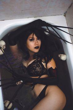 Hot Goth Girls, Gothic Girls, Sexy Hot Girls, Goth Beauty, Dark Beauty, Dark Fashion, Gothic Fashion, Rin Cosplay, Gothic Lingerie