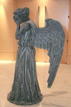 disfraz de estatua de angel - Buscar con Google