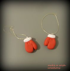 #SantaClaus#gloveshttps://www.facebook.com/pages/Make-a-wish-creations/1544953072386693