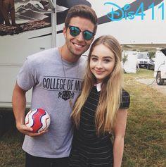 Photo: Sabrina Carpenter Happy To Meet Jake Miller September 21, 2014