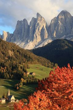 Dolomites, Northern Italy My father was born in the Dolomites....so pretty.....
