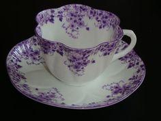 Shelley Dainty Mauve tea cup