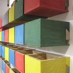 If you need storage in your workshop, these plywood storage boxes are just the thing. You can make them any size you want and add more battens to increase the amount of storage capacity for screws, accessories, hardware and more. Buy 16mm plywood and PAR pine at your local Builders Warehouse and then grab your tools! - See more at: http://www.home-dzine.co.za/diy/diy-easy-workshop-storage.htm#sthash.oTkon0NP.dpuf