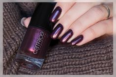 catrice Ultimate Nail Lacquer '59 First Class Up-Grape'