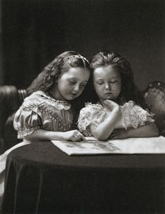 Henry Peach Robinson, Maude and Ethel May Robinson, daughters of Henry and Seline Robinson,1868