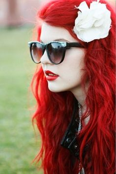 #Red #Hair #Beauty I love this. Red, red hair with light and pale skin couldn't pull this off but I love it!!!
