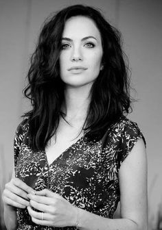 Kate Siegel - IMDb The haunting of Hill House Pretty People, Beautiful People, House On A Hill, Famous Men, Female Images, Me As A Girlfriend, Beautiful Actresses, Girl Crushes, Pretty Woman