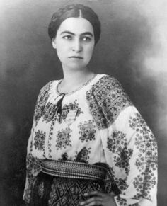 Smaranda Braescu, a true role model and parachuting and aviation record holder from Romania. She wore the RomanianBlouse in the air and at all ceremonies she was honored at. Mexican Costume, Folk Costume, Costumes, Embroidered Clothes, Embroidered Tunic, Romania People, Romanian Girls, Folk Embroidery, Embroidery Ideas